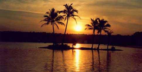 Kerala-Backwaters 5 Nights / 6 Days